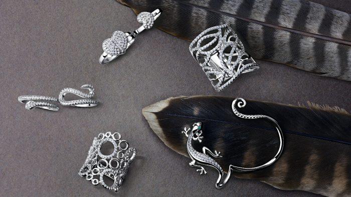 Как очистить серебряные украшения